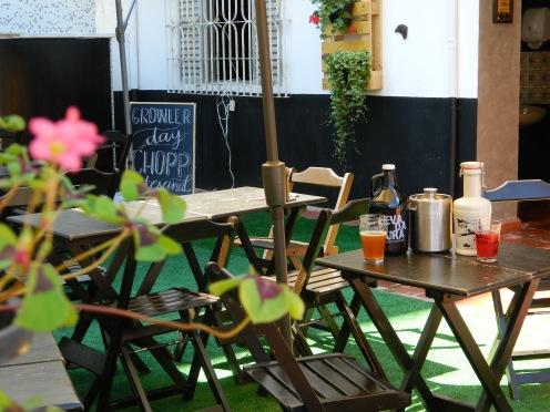 Cerveja Artesanal Guarujá - O primeiro Biergarten do Litoral Paulista