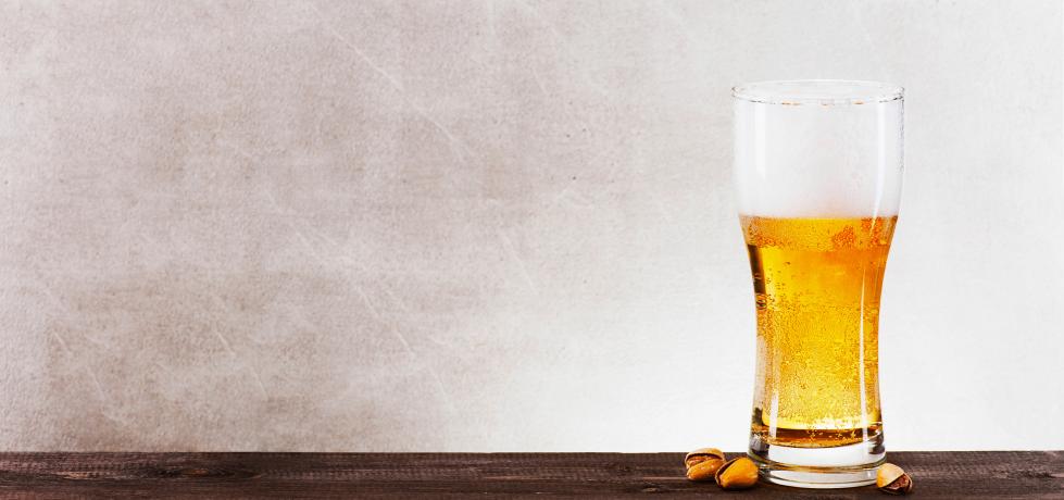 Qual a diferença entre cerveja artesanal e cerveja convencional,?